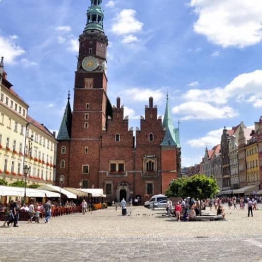 Popularne kierunki wycieczek szkolnych: Wrocław